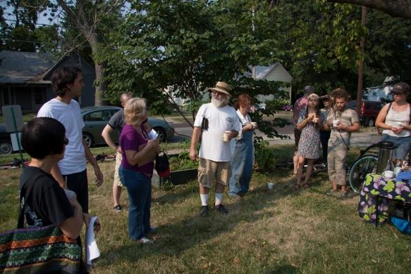 Dan Cullimore leading a garden tour
